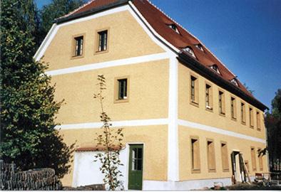 Pfarrhaus um 2000