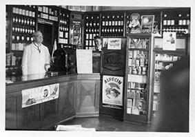 1933, Apotheker Eugen Spohrmann